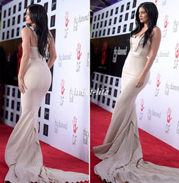 Kylie Jenner Red Carpet Dresses 2019 New Design Mermaid Spaghetti with Long Train Backless Custom Made Prom Gowns Celebrity Evening Dresses