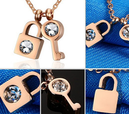 Hot Brand New Design Rose Gold IP Gold Big Shining zircon 316L stainless steel Key and Lock Lover Pendant Fashion Necklace Chain
