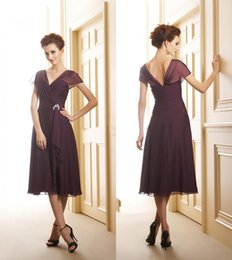 Wholesale Best Selling Tea Length Mother of the Bride Dresses Burgundy Chiffon Cap Sleeve V Neck Sheath Short Ladies Formal Dress Custom Made M36