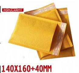Kraft enveloppe jaune à vendre-Jaune rembourré kraft bulle enveloppe sacs de courrier envois expédition emballage emballage 140 * 160 + 40mm 100pcs / lot