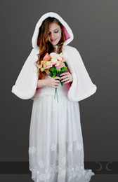 2016 New Romatic Winter In Stock Hooded White Ivory Faux Fur Jacket Wedding Bridal Wraps Warmer Short Women Shawl Capes Custom made Color