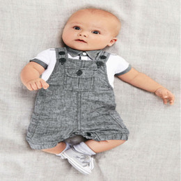 Wholesale new Arrival Baby boy clothing set Gentleman newborn clothes set for boys high quality cotton T shirt Overalls next suit hightquality free