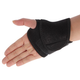 NEW Universal Sports Wrist Thumb Hand Wrap Glove Wrist Support Brace Gym Protector