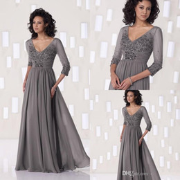 Wholesale Top Selling Mother of the Bride Dresses Gray V Neck Half Sleeves Chiffon Floor Length Beading Plus Size Formal Dresses