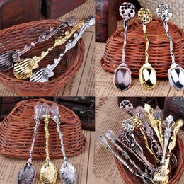 Wholesale Hot Unique Retro Antique Palace Carved Coffee Spoon Tea Ice Cream Scoop Gift