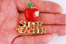 MN Oil red apple Christmas Brooch jewelry teachers gifts Christmas Apple Teacher Gold-plating Alloy Brooch With Rhinestone 44*40mm pin