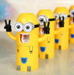 Wholesale New Cute Despicable Me Minions Design Set Cartoon Toothbrush Holder Automatic Toothpaste Dispenser wash set Touch N Brush