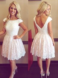 2016 New Lace Cocktail Dresses Bateau Neck Short Sleeves Crystal Beaded Knee Length Open Back Vestidos Wedding Prom Party Homecoming Gowns