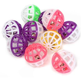 Wholesale Hot sales High quality Lowest price Plastic Kitten Pet Play Balls With Jingle Bell Pounce Chase Rattle Toy