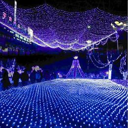 Rgb led net à vendre-LED gros-Noël 6m x 4m Lumière net 750 LED RGB Lumières cordes Luminaria Bleu Blanc Chaud 220V Power Plug livraison gratuite
