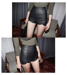 Wholesale New Fashion Women s Sexy Black PU High Waist Shorts Vintage Slim Slit Faux Leather Shorts G0555