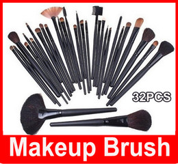 M 32 PCS Cosmetic Facial Make up Brush Kit Professional Wool Makeup Brushes Tools Set with Black pu Leather Case