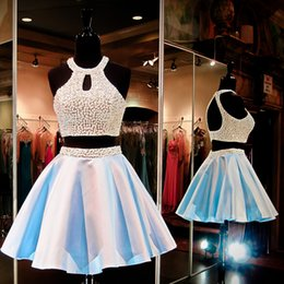 Latest Halter Neck Mini Short Two Piece Party Dresses Sleeveless Light Blue Fashion Satin Pearls Elegant Cocktail Evening Prom Dress Gowns