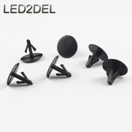 Plastique noir de haute qualité Bouchon de trou de 6mm Récipient Rivet scellant clou clapets Pour Toyota Moteur pare-chocs Clip de fixation à partir de protéger plastique noir fournisseurs