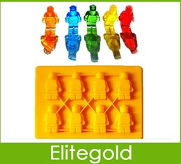 Wholesale Lego Shaped Silicon Ice Cube Tray Mini Robot Figure Silicone Chocolate Cake Mold Tray Blue Yellow Color