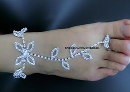 Wholesale Beautiful Beach Bridal Accessories New Design Bohemian Brides Anklets Leaves Shape Crystals Rhinestones Handmade Wedding Jewelry