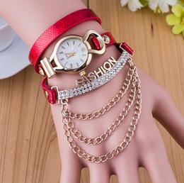Wholesale 15pcs Luxury Gold Chain Dangle Ladies Diamond Rope Bracelet Watch Blinking Crystal Women Leather Wristwatch Fashion Show Party Pendant New