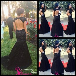 2020 New Backless Lace Black Prom Dress Open Back Mermaid Cap Sleeved Evening Dresses