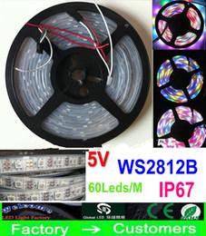 Promotion couleur de rêve magique 5M 5V 60Led / M 300LEDs WS2812B programmable RGB 5050 LED bande numérique adressable individuellement la couleur de rêve magique étanche IP67
