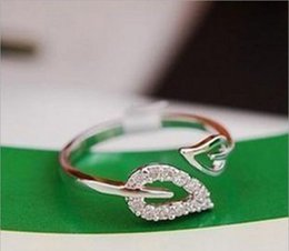 Wholesale Fashion Korean Silver Gold Fashion Set Auger Two Leaf Lovers Rings New Style Girls Elegant Party Wedding Jewelry