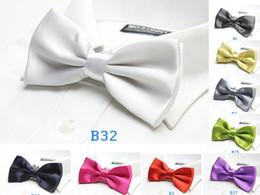 Compra On-line Camisas novas do partido-Sólido arco laço vestido camisa marca nova adulto laço 18 cores casamento partido acessório 20pcs / lot