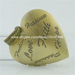 Wholesale Copper Bronze Cameo Faith Hope Love Word Love Heart Retro Brass Photo Locket Picture Locket Pendant