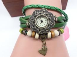 Descuento cuero reloj pulsera corazón Bonita pulsera colgante mira el corazón correas de cuero ocasional de bronce analógico reloj de pulsera para las mujeres de las señoras reloj de cuarzo