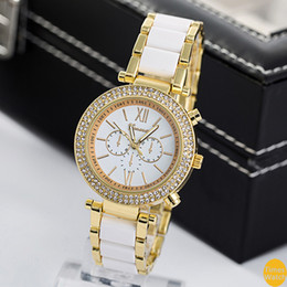 Free Shipping Female Geneva Diamond Watches Women Dress Watches Rose Gold Roman Dial Quartz Christmas gift Hours standard quality Classic M