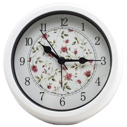 Wholesale Small Round Wall Clock Home Decor Mute Clock No ticking Simple Design Table Clock Flower and Bird Alarm Clock