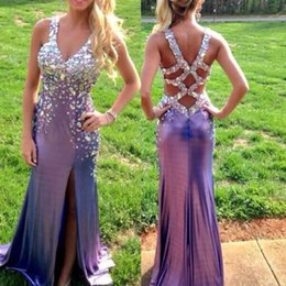 Stunning Crystal Long Prom Dresses Side Slit Cross Straps Party Evening Gown V Neck Sexy Back Sheath vestidos Homecoming Graduation Dresses