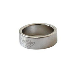 Wholesale New Finger Magician Magnetic Ring Magnet Coin Brand Magic Strong Trick Props Show Tool
