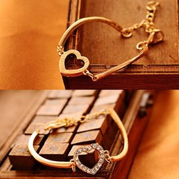 2014 High Quality Gold Plated Rhinestone Love Sweet Heart Hand Chain Bracelet Cuff Bangle 2X MPJ164