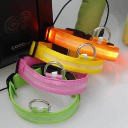 Wholesale new LED pet collar flashing dog collar size ad various colors available