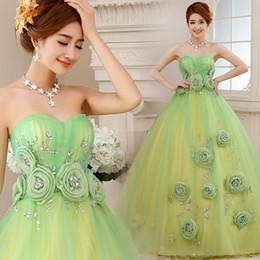 Free ship 100%real green beading gown princess medieval dress Renaissance Gown queen Victoria cosplay Antoinette ball gown Belle Ball