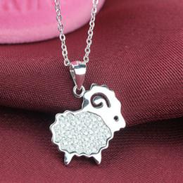 2015 nouveau collier de charme Bleater de chèvre coréenne avec des bijoux en diamant étincelant gros cou animal mignon supplier goat charms à partir de charmes de chèvre fournisseurs
