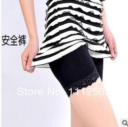 2014 Freeshipping 4pcs lot Summer wardrobe malfunction prevention safety pants Leggings lace render shorts Ice silk lace 6090