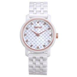 2015 estilo coreano blanco reloj de pulsera de señora relojes mujer relojes impermeable reloj de cuarzo reloj de pulsera desde mujer del estilo de reloj resistente al agua proveedores