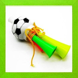 Meilleur Vuvuzela World Cup Trompettes Fans Horn Hornets en plastique spéciaux Football / Soccer jeux nécessaires Athletic Football Games 50sets / lot à partir de football jeux de la coupe du monde fabricateur