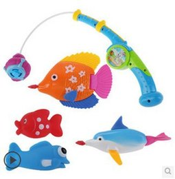 Wholesale best selling environmental material spray fishing pool creative new design baby bath water toys