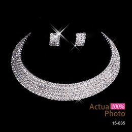 Wholesale New Arrival Bling Earrings Necklace Sets Women Fashion Accessories Cheap Rhinestone Shining Hot Sale Discount