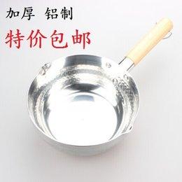 Wholesale Snow quality wooden handle aluminum pan juices thicken Japanese cooking pot soup powder aluminum sauce pot porridge pot milk pot milk pot