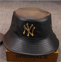 El diseñador de moda de cuero NY Bucket Hat para mujer para hombre de pesca plegable Caps Negro Pescador Playa parasol plegable Venta Hombre Cap Bowler desde sombreros casual para los hombres fabricantes