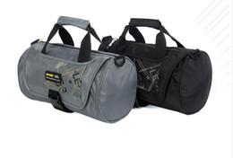 Wholesale-Large Gym Bag Sports Bags Brand Travel Tote for Men Women New Arrival Saco de Ginastica Desporto With Shoe Pocket