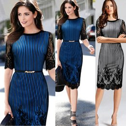 Newest In Store Elegant Women Dresses Fashion Striped Black Lace Applique Knee Length Crew Neck Hal Sleeve Formal Evening Dresses