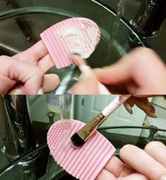 2016 outils gratuits d'expédition Brushegg Pinceau silicone Nettoyage Egg oeuf Brosse brosse cosmétiques Cleanser maquillage pinceau de maquillage Outils Cleaner Nettoyer la livraison gratuite # 6689 abordable outils gratuits d'expédition