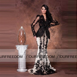 2019 Elegant V Neck Saudi Arabia Mermaid Long Evening Dress Long Sleeve prom gowns Long black and white lace applique Evening Gowns