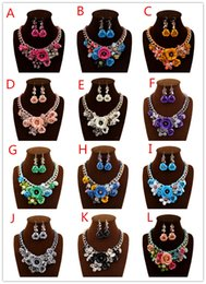 Wholesale New Necklace Set Designer Fashion Jewerly Gold Chain Spray Paint Flower Metal Beads Resin Crystal Stones Luxury Jewelry Necklace Earrins