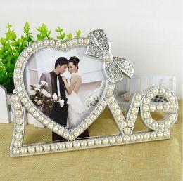 Wholesale Luxury Style Nostalgic White Photo Frame for Happy Wedding Love Words Shaped with Pearls Frame