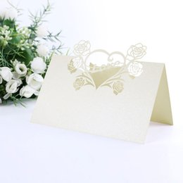Wholesale-30 pcs Name Place Cards Hollow Laser Cut Heart Wedding Table Number Quality Decoration