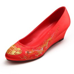 Wholesale 2 inch High Heels Wedding Shoes Lady Formal Dress Women s Fashion Dance Shoes Performances Prom Shoes DY988